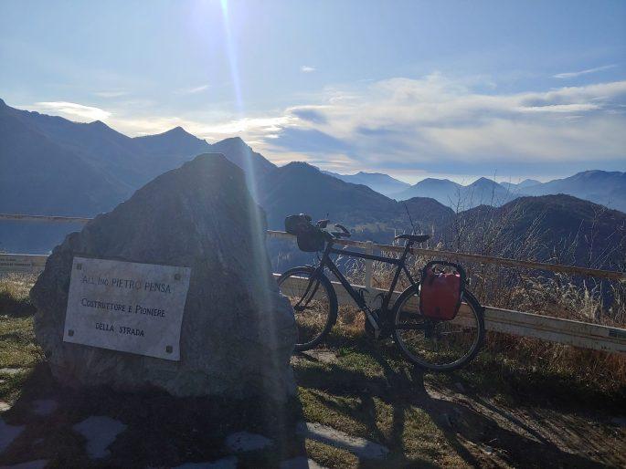 Da Lecco alla Valsassina al Passo Agueglio e a Menaggio ...