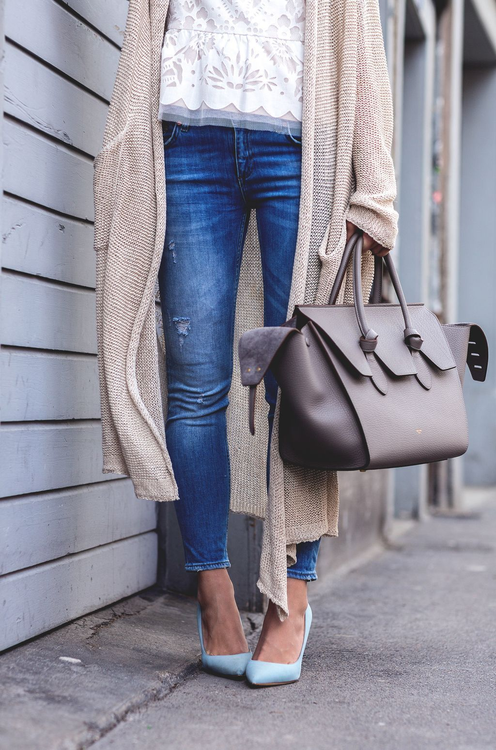 The_Fashion_Fraction_Fashion_Blog_Mode_Blogger_Casual_Style_Celine_Bag_Jeans_BCBG_Top_Swiss_Schweiz_Switzerland_Inspiration_3