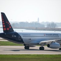 Movie: Brussels Airlines SSJ100 painting and flight test (EI-FWD)