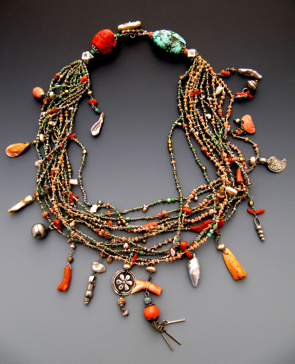 An example of Lucia Antonelli's beaded jewelry.