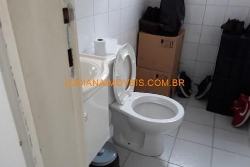 jof09376 (19)