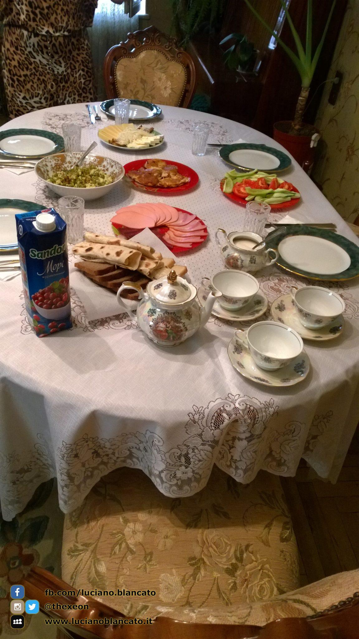Colazione tipica Erevan (ARMENIA)