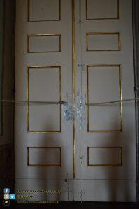 Reggia di Caserta - Appartamenti reali - dettaglio chiusura porte interno