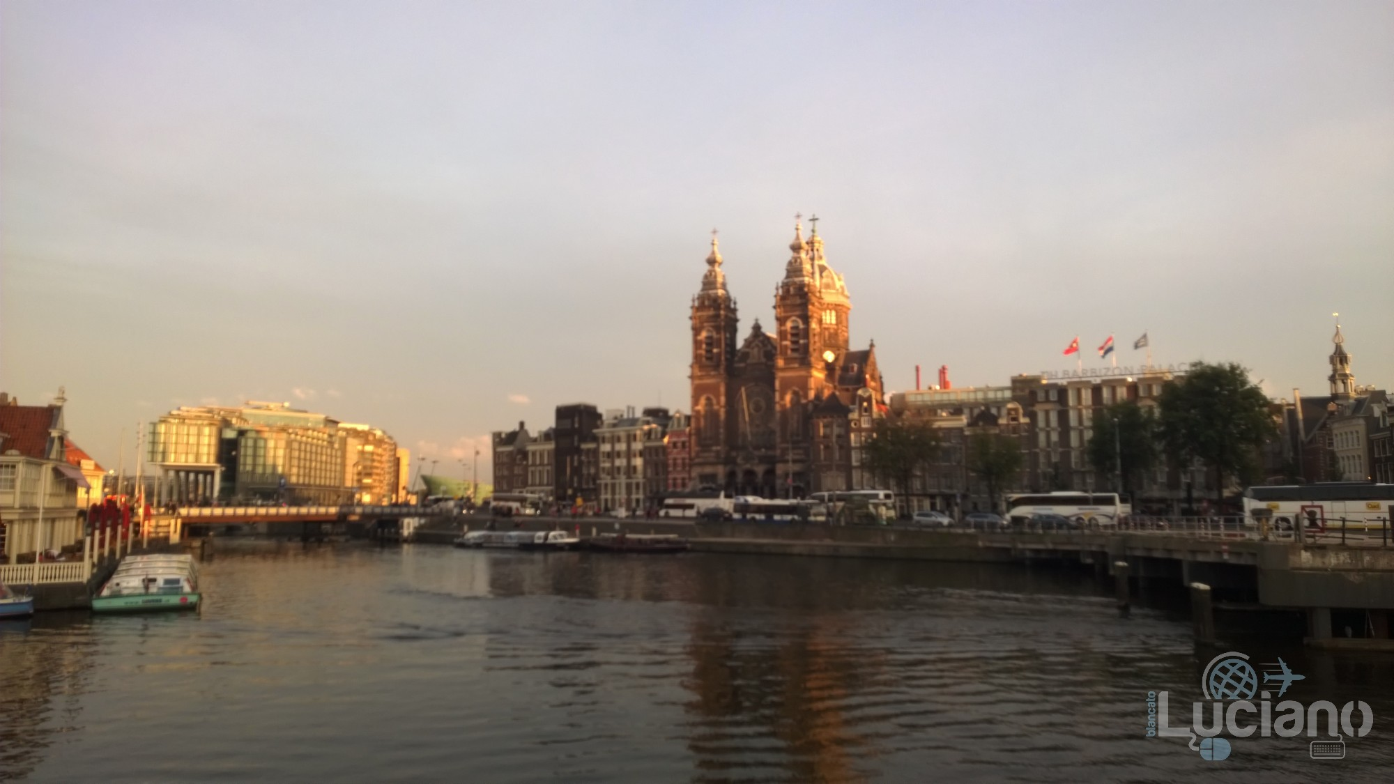 amsterdam-2014-vueling-lucianoblancatoit (17)