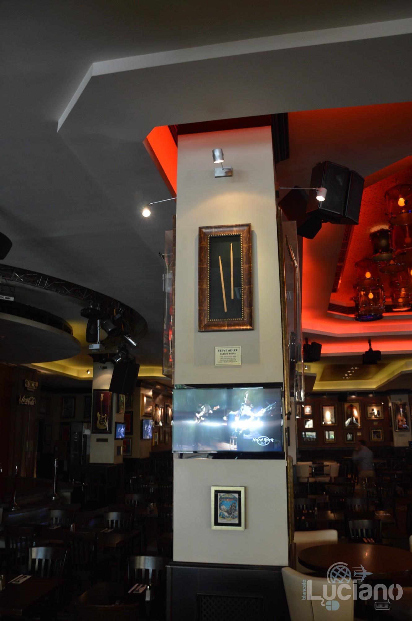 Hard Rock Cafe - interni, Șoseaua Kiseleff, Bucarest, Romania