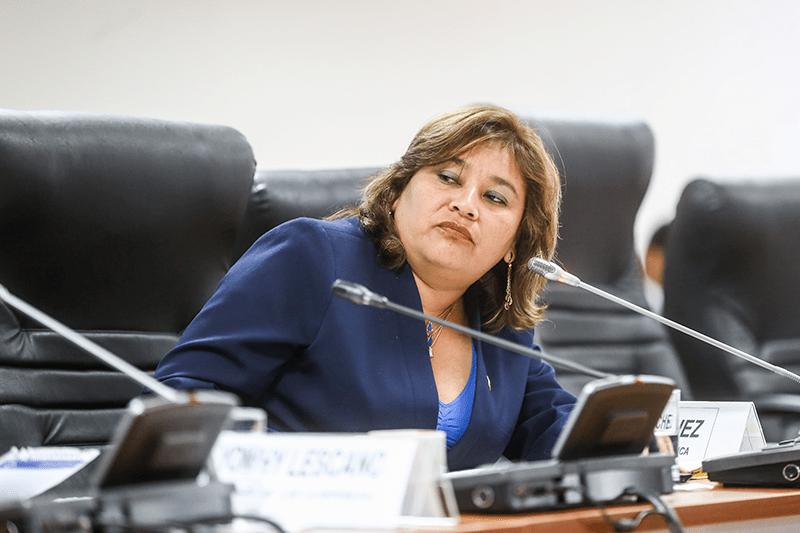 Janet Sánchez asumió presidencia de la Comisión de Ética del Congreso