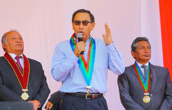 Martín Vizcarra se reunió en Moquegua con autoridades y población