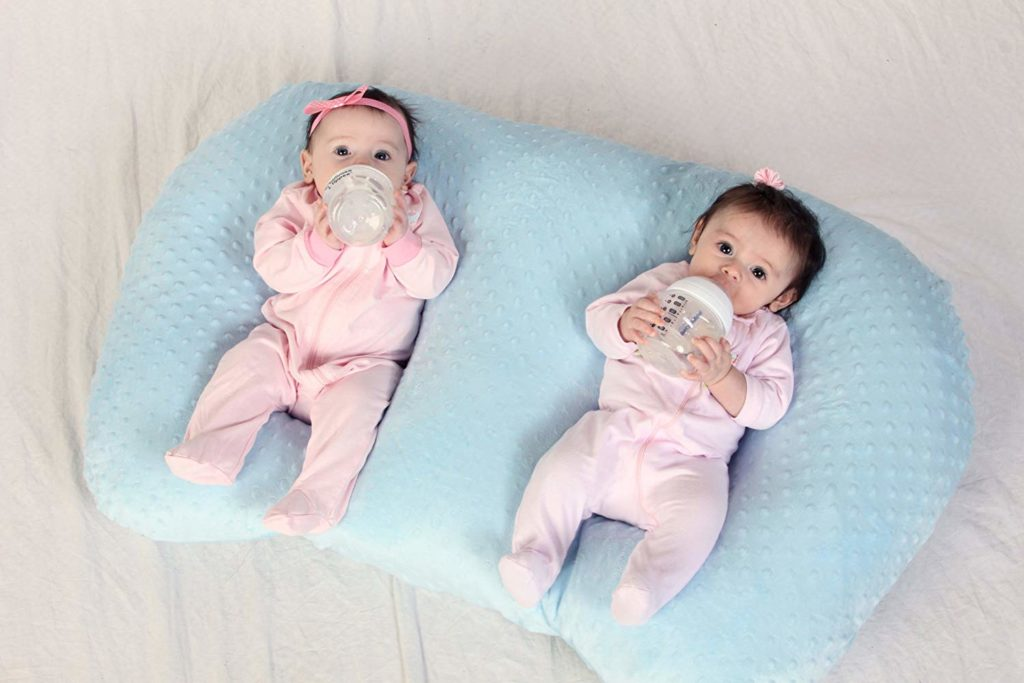 best nursing pillows for twins lucie