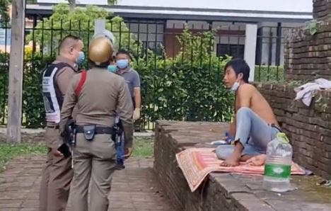 Thai couple arrested for having s3x at Historical Monument