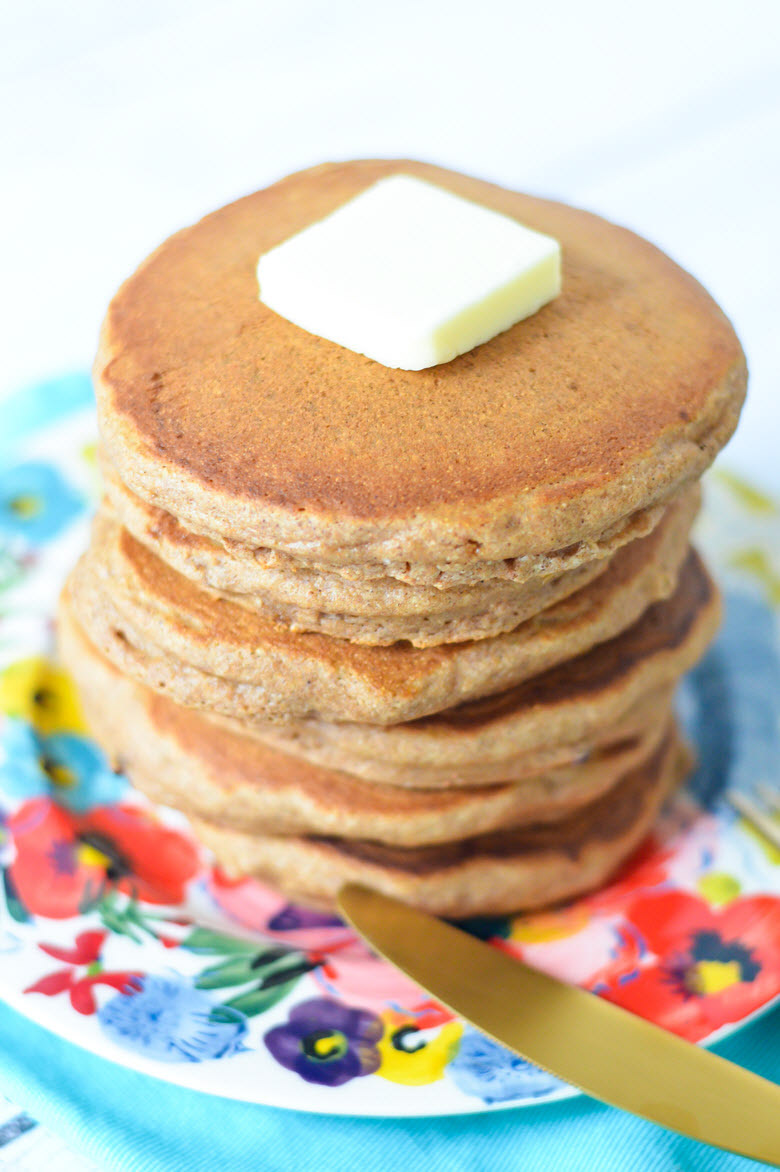 Whole Wheat Healthy Cinnamon Pancakes