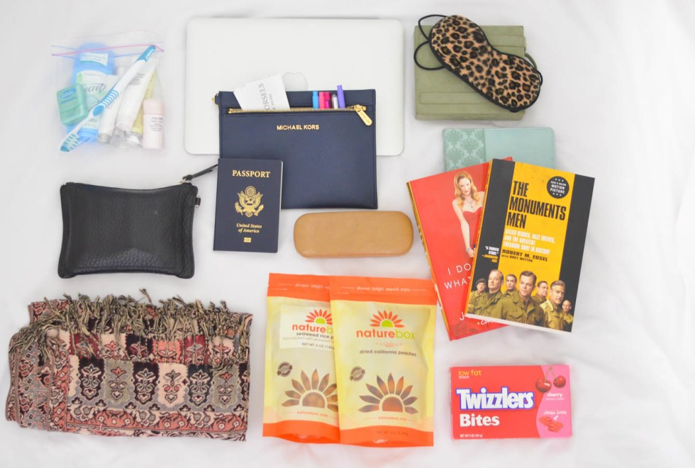 WHAT TO PACK IN YOUR INTERNATIONAL CARRYON
