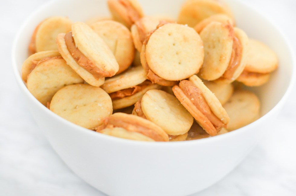 Homemade Ritz Crackers with Peanut Butter Recipe