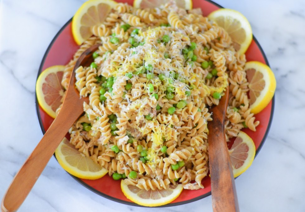 Canned Tuna Recipe :: Garlic Lemon Pasta