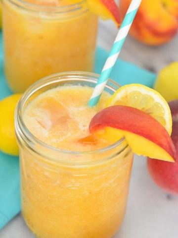 (Lemonade Recipe Roundup - Fresh Peach Lemonade