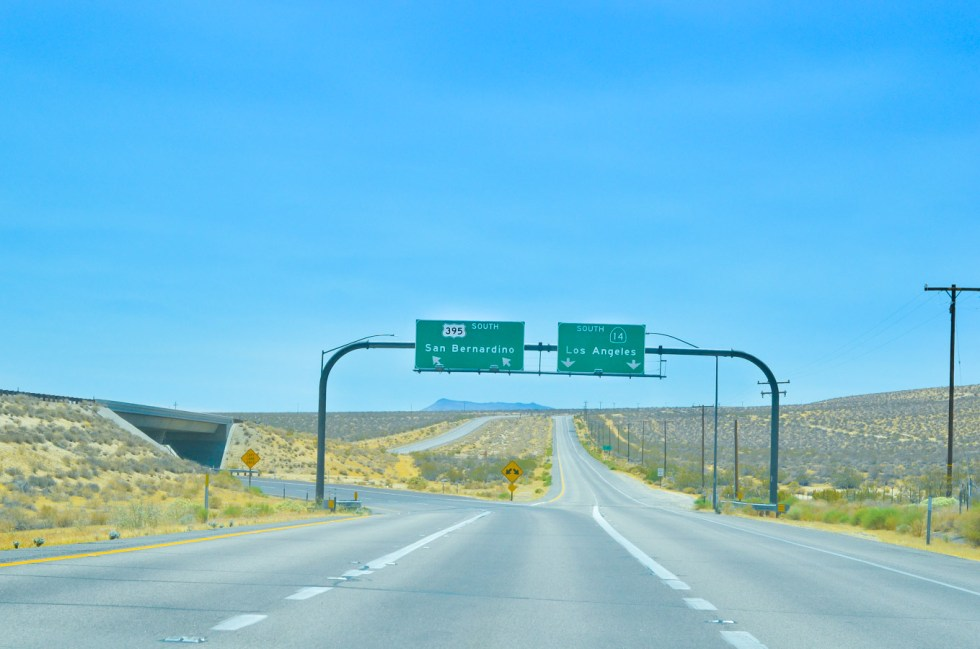 Highway 395 Photos Diary Mono Lake, California to InyoKern + Indian Wells | Highway 14 Cutoff | Luci's Morsels :: California Travel Blogger