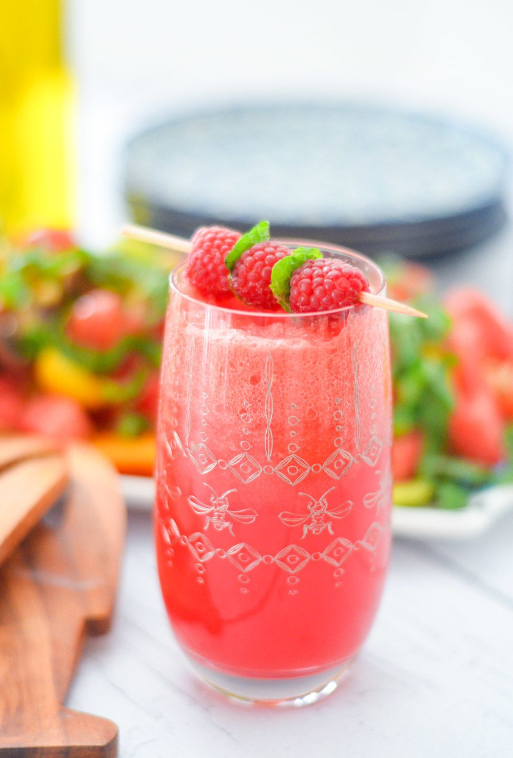 IZZE Watermelon Raspberry Sparkilng Water Drink Recipe w. Watermelon Juice
