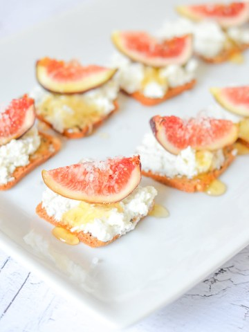 Honey + Fig Cracker Appetizer