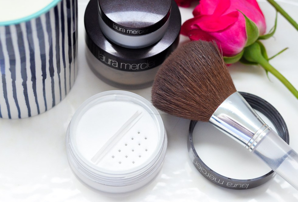 Laura Mercier Invisible Setting Powder Review