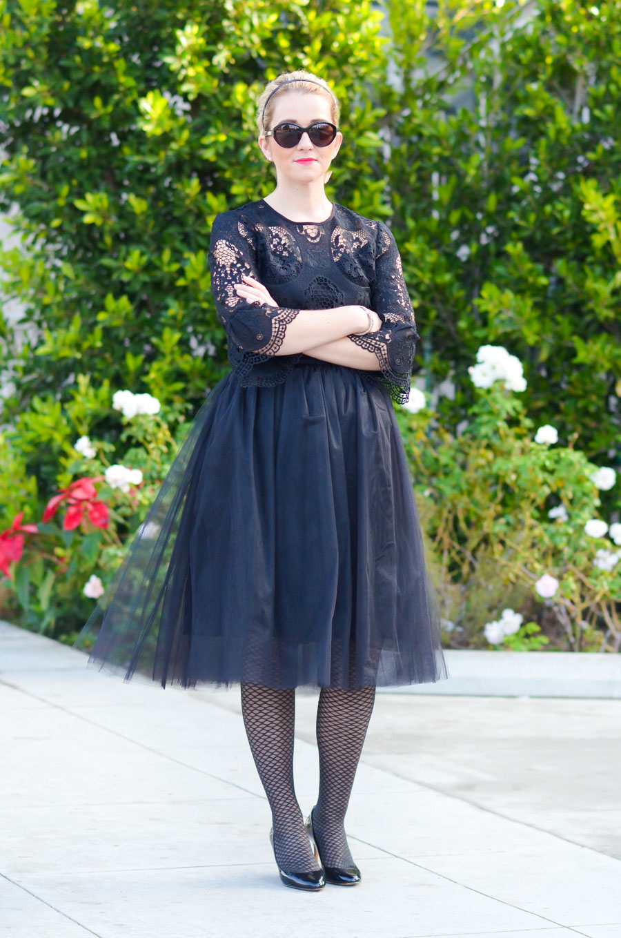Elegant Black Tulle Skirt Outfit Idea w. Black Lace Top. Perfect for Holiday Parties.