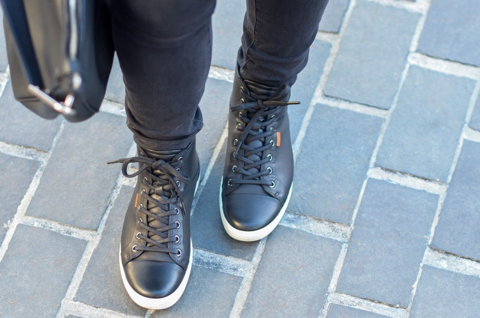 Checkered Shirt Outfit Ideas Winter - Ecco Women's Sneakers Review
