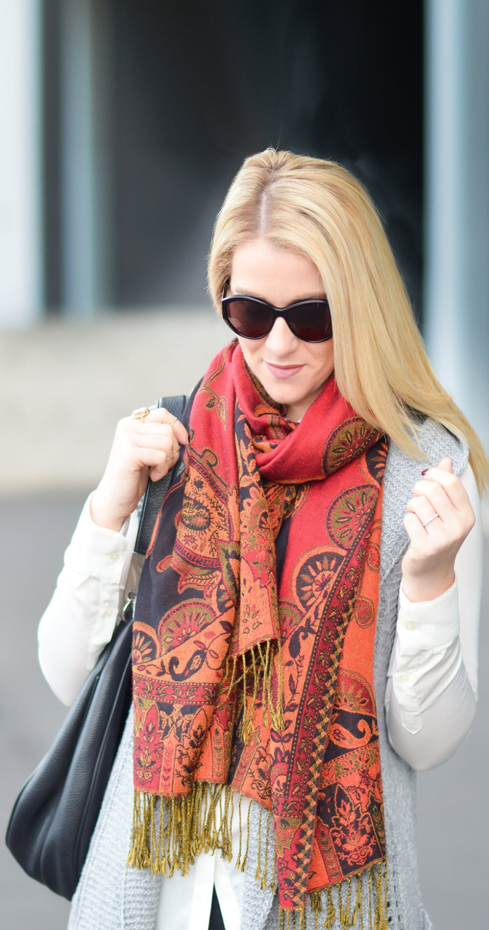 Long Sweater Vest Outfit w. Vibrant Pattern Scarf. Chic Winter Outfit