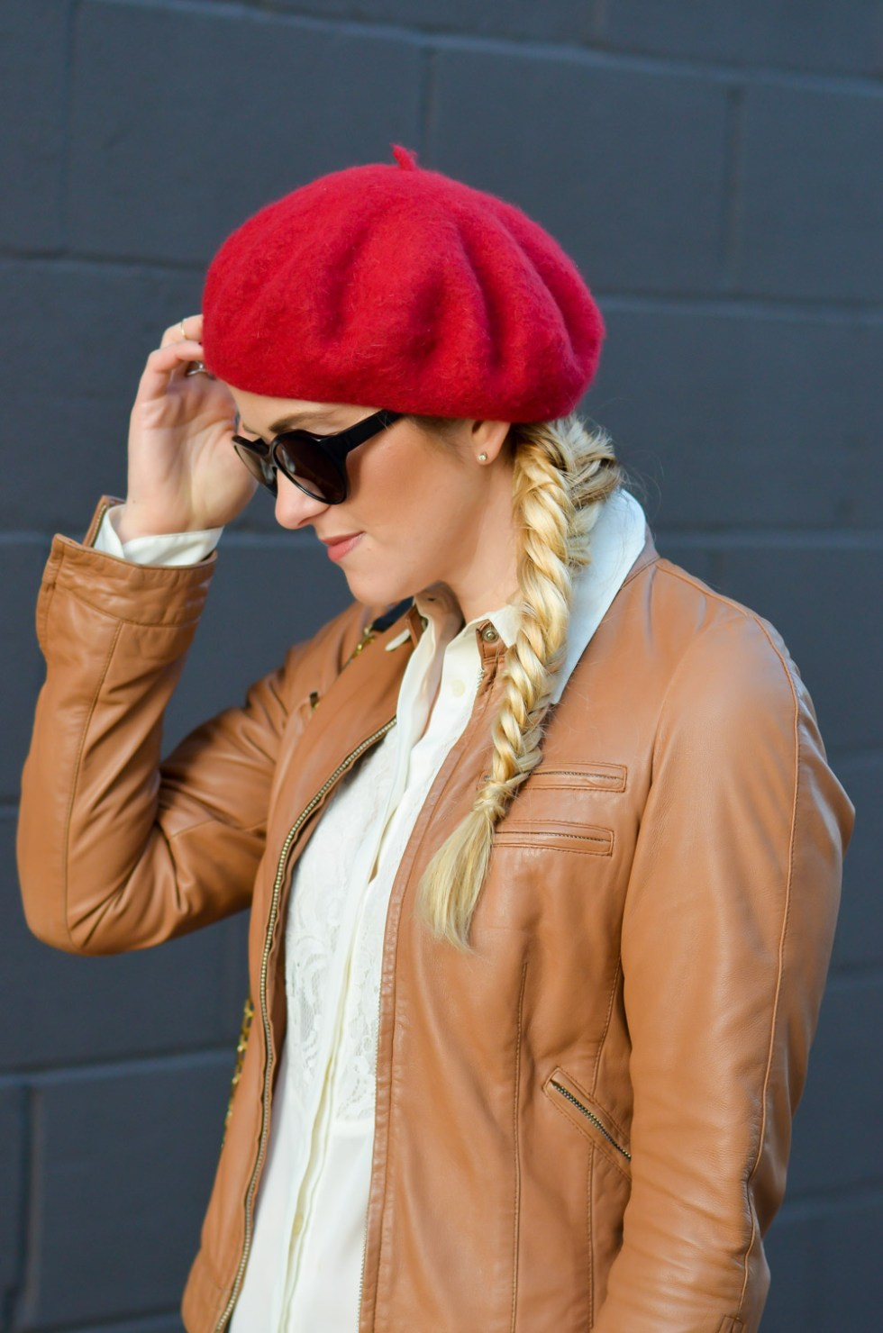 Women's Red Beret Outfit w. Fishtail Braid