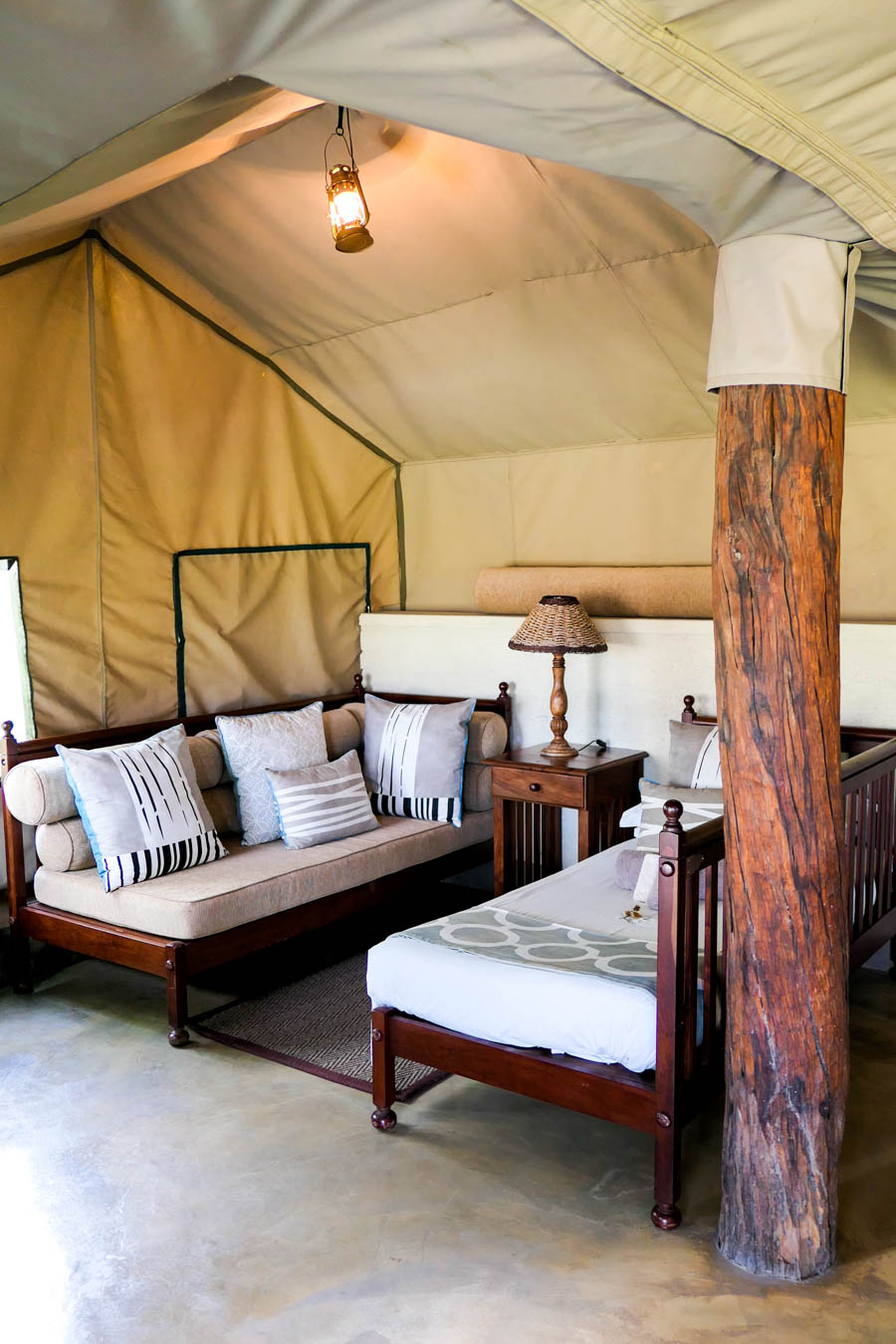 Where to Stay in Hwange National Park - The Hide Photo Review