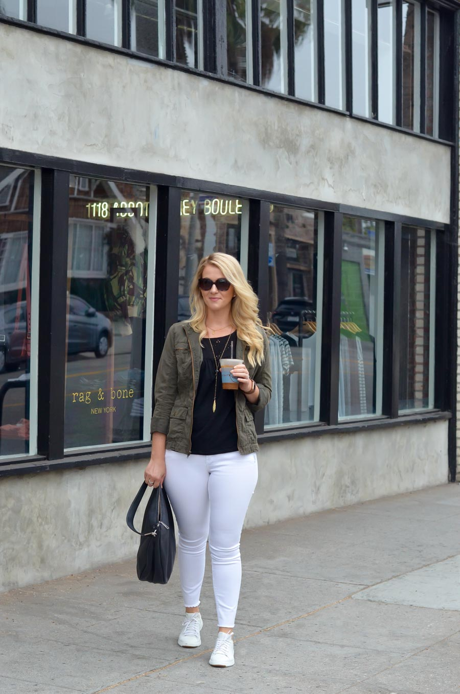 White Jeans w. Sneakers for Fall Women's Fashion