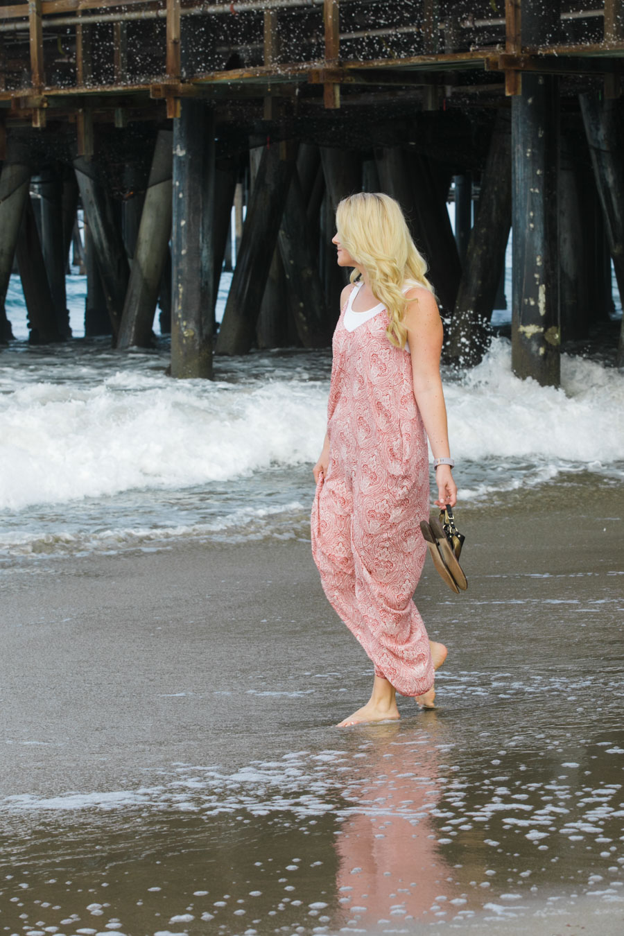 How to Wear Tank Under Maxi Dress - Women's California Style