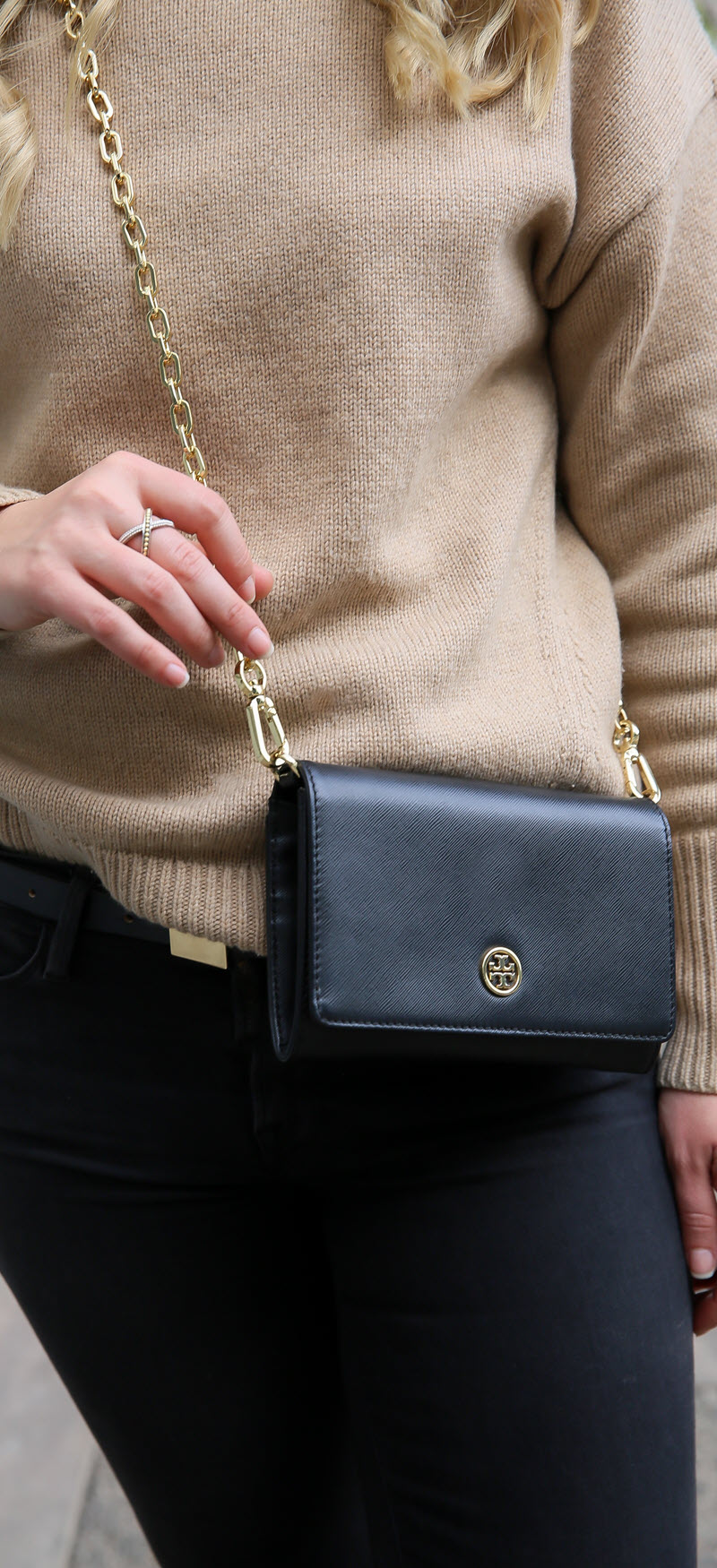 Tan Turtleneck Outfit - Aritzia Babaton Review #ootd #outfitideas #winterfashion #outfitinspiration #fashionblog #fashionbloggers #womensstyle #womenover30 #classicstyle #toryburch #aritizia #outfit