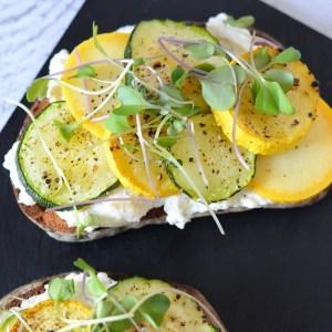 Ricotta Toast w. Zucchini Squash