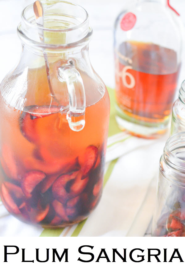 Plum Sangria Recipe. This pinot grigio sangria recipe comes together quickly and is an easy drink recipe for summer. Great entertaining recipe as well!