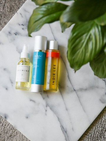 How to Use Body Oils with Sensitive Skin