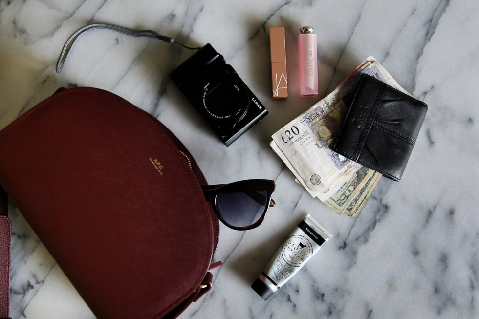 Best Travel Wallets + What to Take in Your Travel Wallet