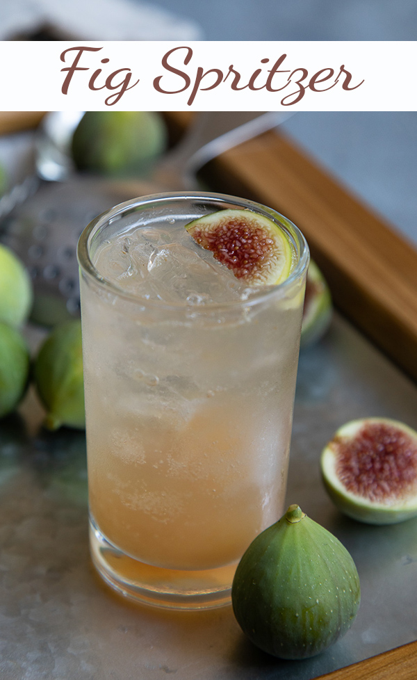 Fig Spritzer cocktail. This fresh fig drink is made with vodka and sparkling wine for the perfect summer cocktail recipe. Fig vodka mix. #lmrecipes