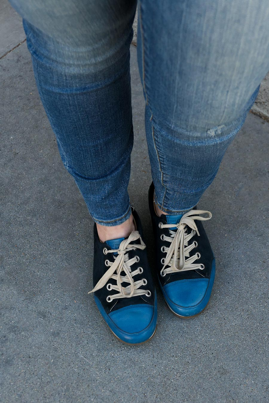 Blue Sneakers - Paul Green w. KUT from the Kloth Jeans
