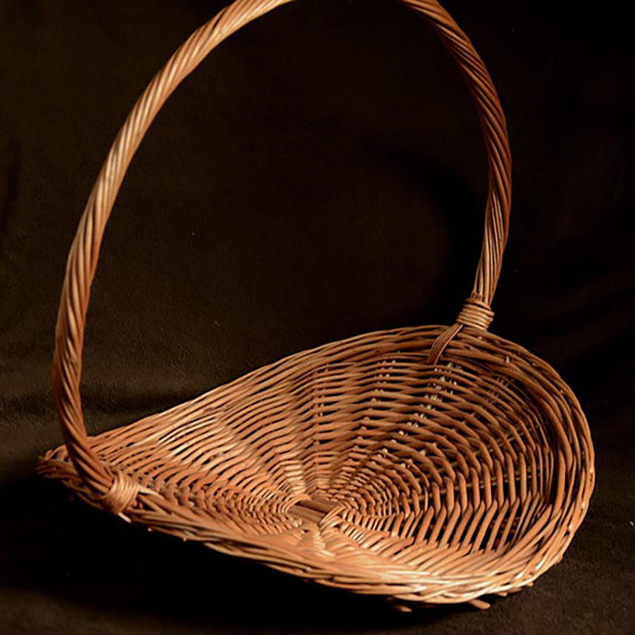 Flat Wicker Basket for Gardening
