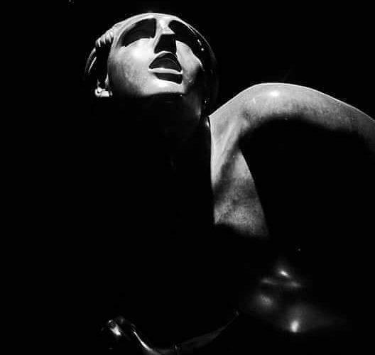 Giuliana Tregua-Statues-3