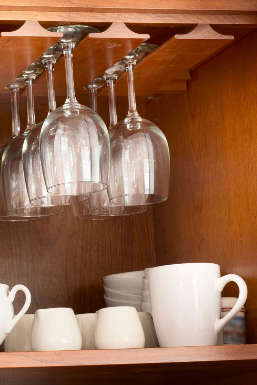 17 homemade wine glass rack plans you