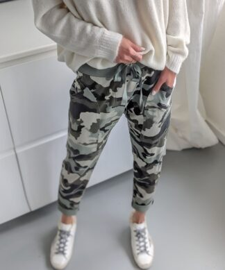 Jogpants CASUALLY – CAMOUFLAGE