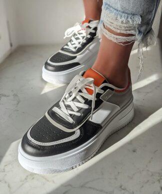 Sneaker MULTICOLOUR schwarz-weiss-orange – SALE