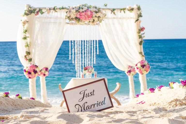 destination wedding planning tips