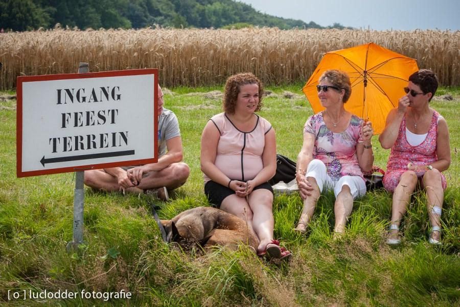 Velen zaten weer klaar voor de diverse Schuttersfeesten en optochten. Hier in Vijlen voor het ZLF.
