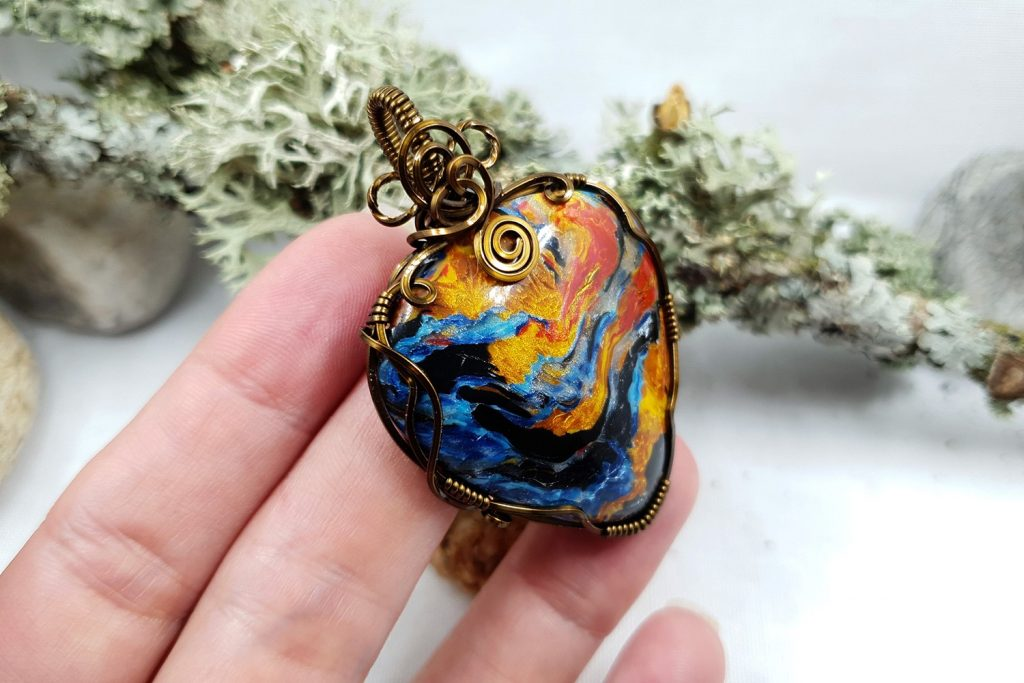 Free Tutorial: Wire Wrapped Faux Pietersite Stone cabochon 8