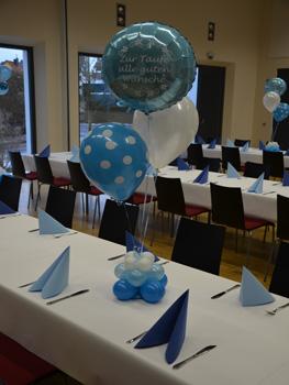 Luftballons Tischdekoration zur Taufe Nrnberg Frth