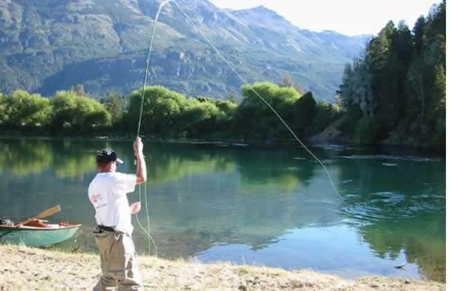lago-epuyen-pesca-deportiva-www.lugaresparavisitar.com.ar