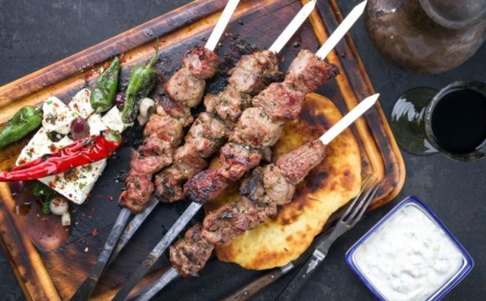 Souvlakis - platos típicos de Grecia