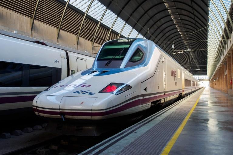 Termina el monopolio de Renfe en España
