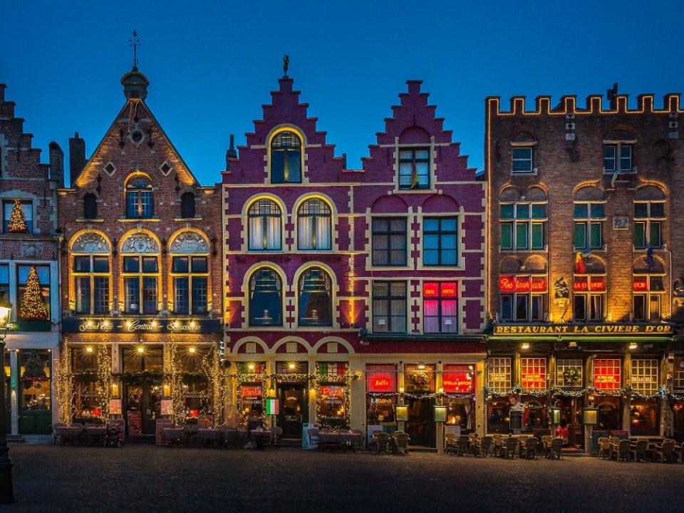 Sin duda Brujas, en Bruselas, es una ciudad de Europa de las más visitadas por Navidades
