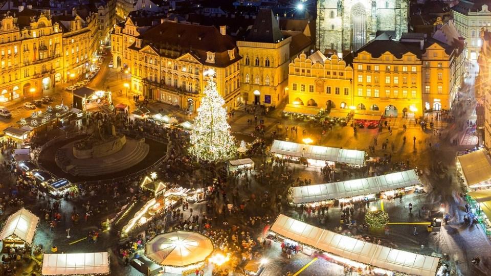 Praga es una de las ciudades de Europa más visitadas en Navidad. No te arrepentirás de visitarla.